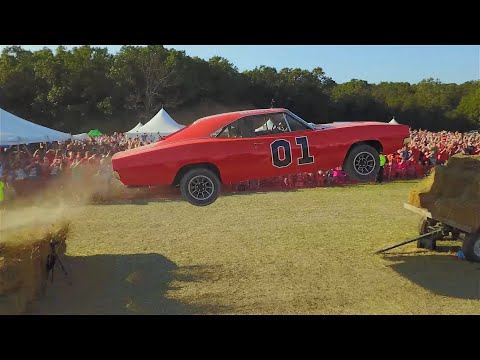Cop Car Ford Crown Vic Turned Into a General Lee Dodge Charger and Jumped