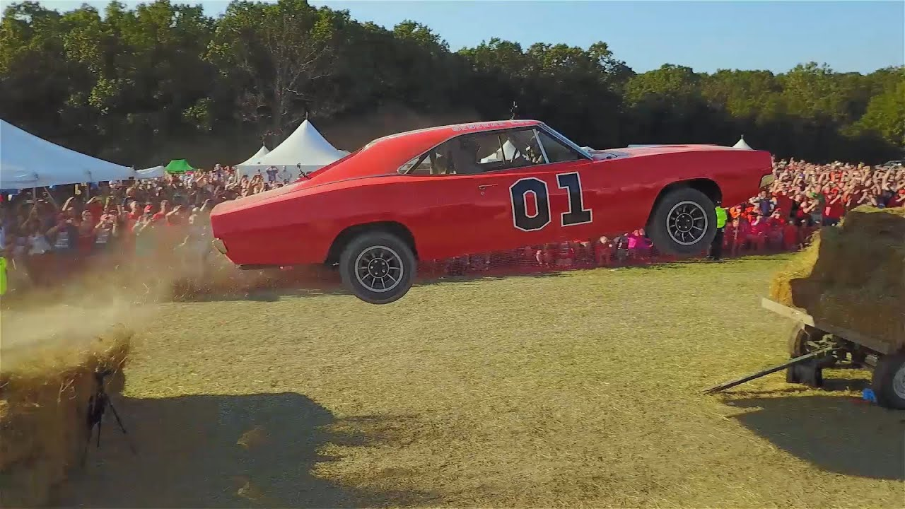Ford Crown Victoria 2017 >> Cop Car Ford Crown Vic Transformed Into a General Lee Dodge Charger and Jumped - YouTube