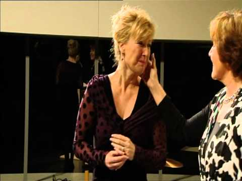 Ariane Schluter ontvangt Theo MannBouwmeesterring