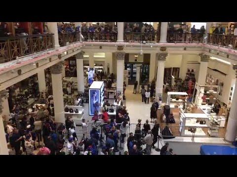 Kyle Schwarber Greets Fans At Macy
