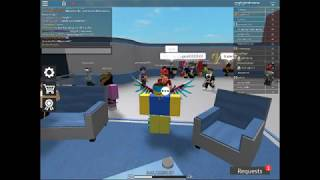 ¡¡¿Conocí a TypicalType!? Silent Assassin Trade Hub Roblox