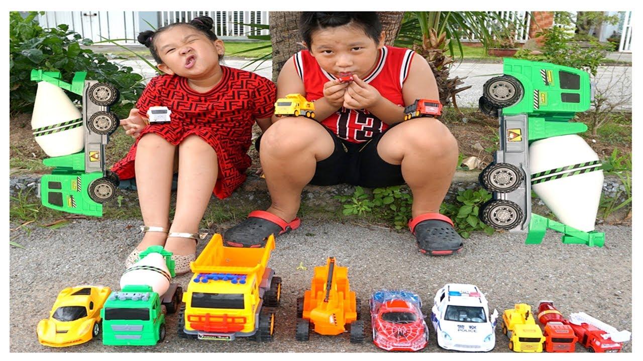 Dạy bé học tên các loại xe ô tô – xe xúc xe tải xe biến hình xe cẩu xe trộn bê tông | Anna Cuoi