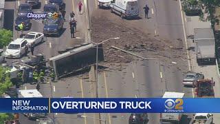 4 Hurt When Truck Overturns On Long Island Expressway