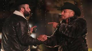 COMO DUELE EQUIVOCARSE - Carin Leon & Espinoza Paz (Lyric Video)