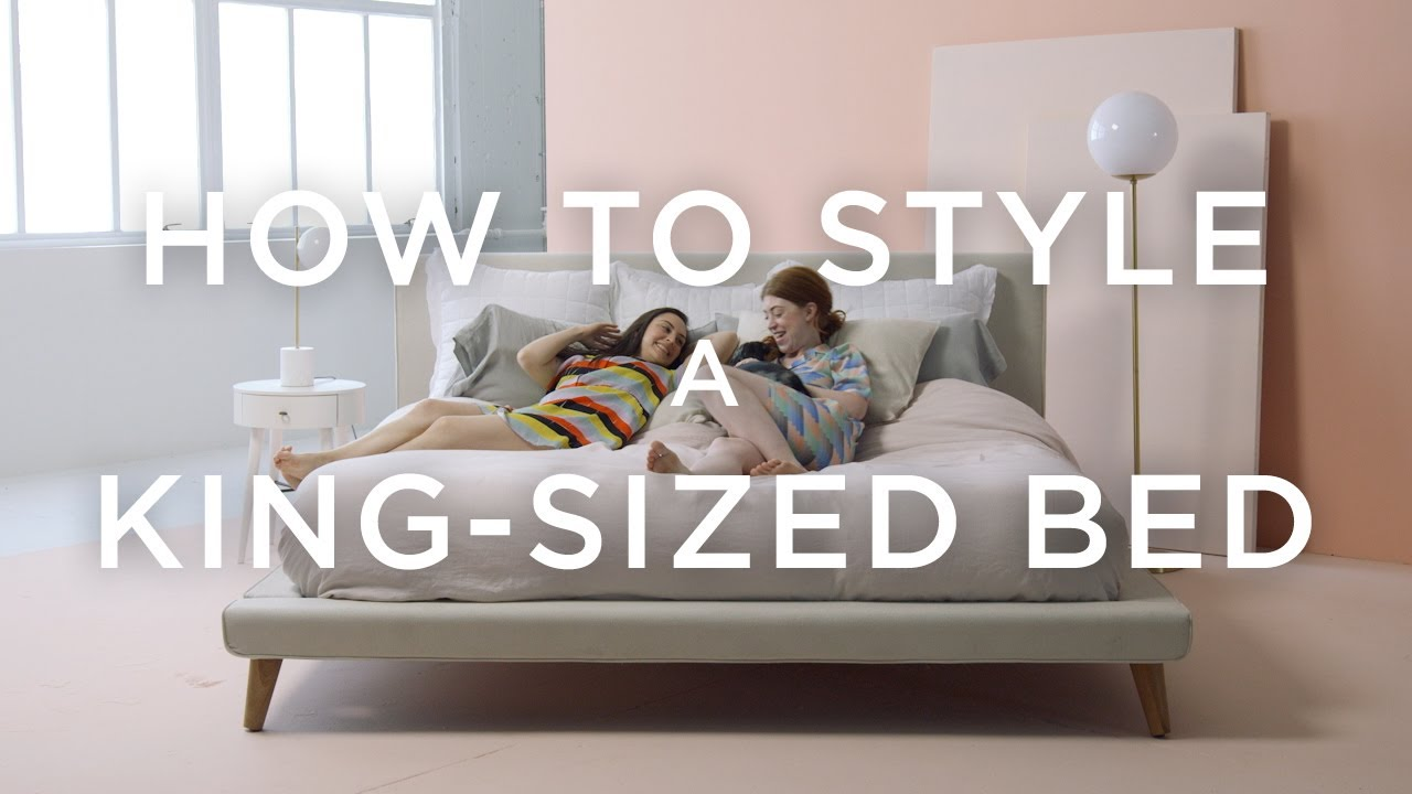 How To Style A King Sized Bed With Basic Pillows Youtube