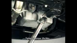 Замена моторного масла(Процесс замены моторного масла и фильтра., 2012-11-10T21:04:56.000Z)