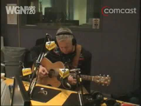 Tommy Emmanuel - Mighty Mouse (WGN Radio)