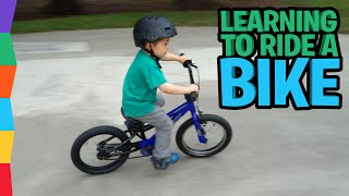 Watch 4-year-old Ben learn to ride a bike in 5 minutes!!!