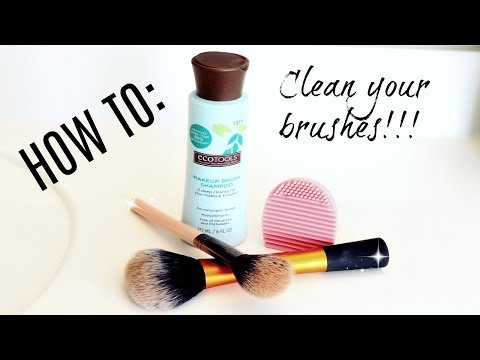 How to clean your makeup brushes // Cleaning my makeup brushes