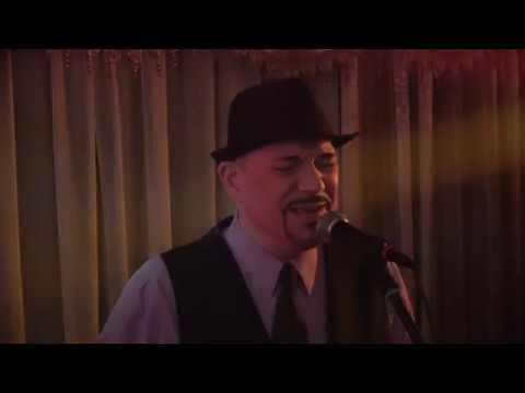 Vocalist Steve Randazzo feelin' Jazzy!