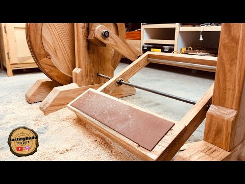 Building a Treadle Lathe | Hand Tool Woodworking