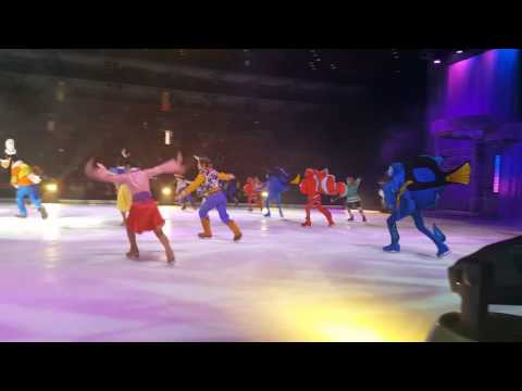 Elenor's disney on ice front row(7)