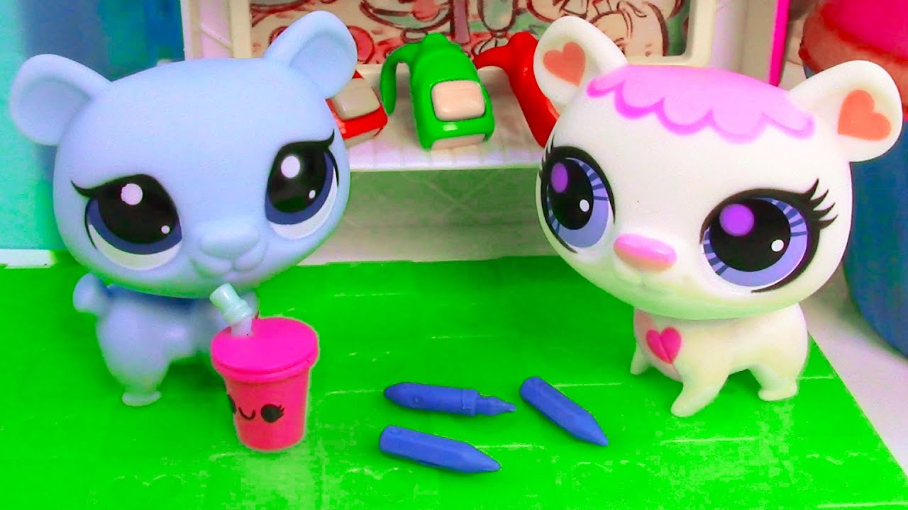 Baby Dolls Playing Youtube Lps Back To School Shopping Littlest Pet Shop Playing