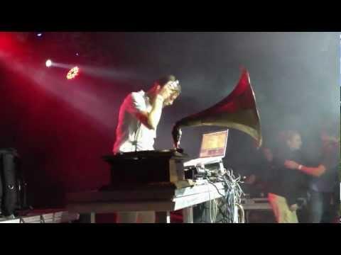Dj Dunya With Mr jax &  SeP @ Casa Blanca Festival 2012 / Radio Ultra Modern