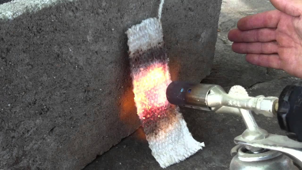 Resist ncia a fogo do tecido de fibra cer mica youtube for Isolamento termico alta temperatura