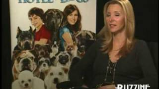 Lisa Kudrow for 'Hotel for Dogs'