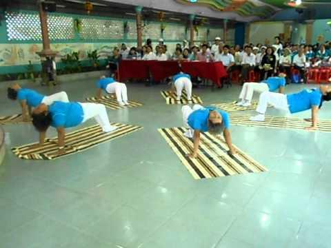 bài tập yoga phuc hồi phần 1 biểu diễn ở Thị xã Thuận An 15-05-2011