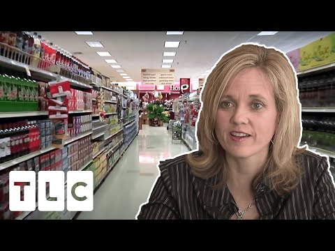 Store Owes Woman Money After Applying Coupons To Her $1,161 Shop | Extreme Couponing