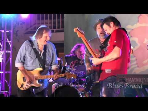 WALTER TROUT with MIKE ZITO - Big Blues Bender 9/11/15