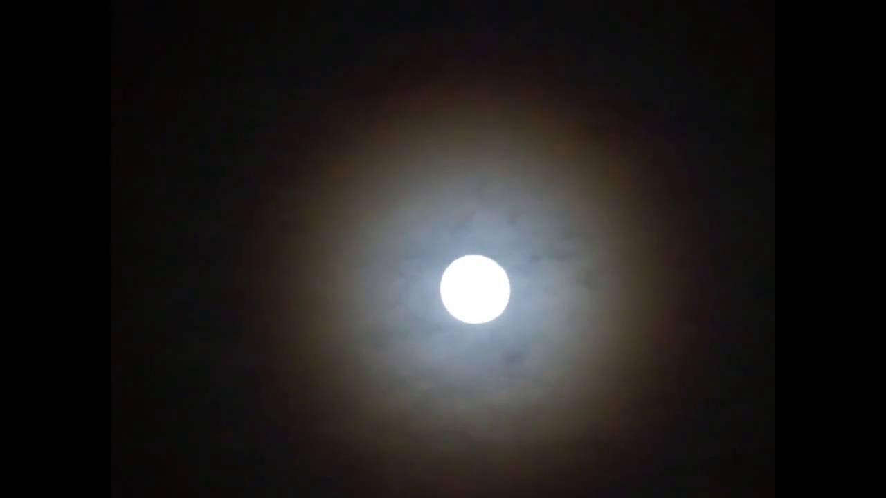 Mira esta luna muy especial que salio hoy youtube for Que luna hay esta noche