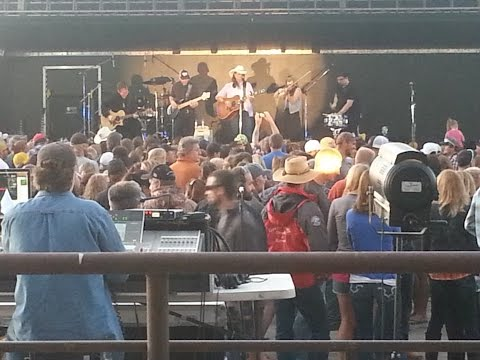 Terri Clark at the Gallatin County Fair 2015