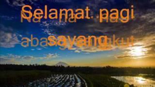 Piton Gunsaga-Langgar pantat kerbau