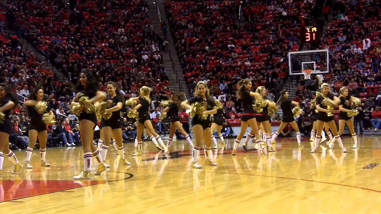 Sdsu Cheerleaders Dance Team And Band 12 6 12 Doovi