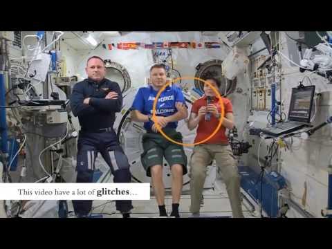 Плоская Земля - съемки в космосе