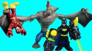 Imaginext Thunder Punch Batman Thunder Punches Man Bat For Capturing Flash & Cyborg