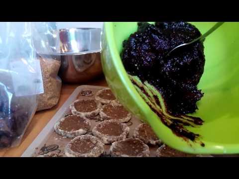 Povidlové koláčky v Raw Bio kvalitě Recept, www.ziverecepty.cz /suroviny www.goorganic.cz