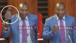 "Mbunge Avua 'VIATU' Bungeni  ""MAGUFULI Katunyoosha"""