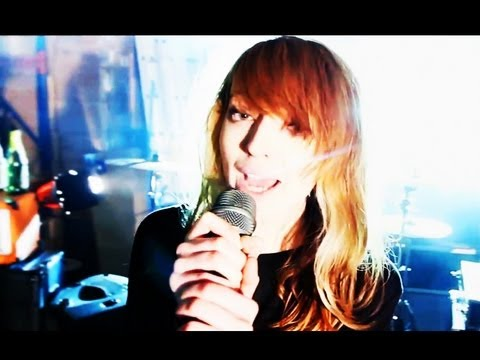 """Anavae - """"World In A Bottle"""" Official Music Video"""