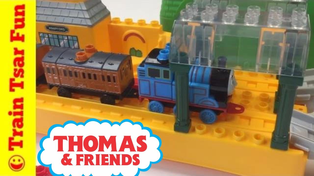 THOMAS THE TANK ENGINE & FRIENDS MEGA BLOKS 10550 All Aboard at Knapford Station, Annie ...