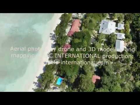 Flight above Silhouette Island - Seychelles