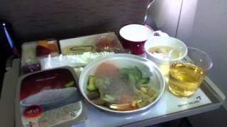 Eating Bibimbap on Asiana Airlines