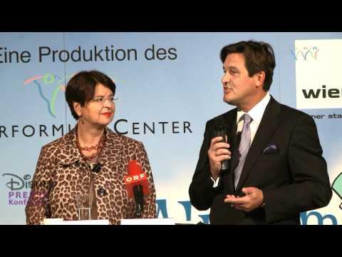 """Presse Konferenz """"Disney's Junge Bühne"""""""