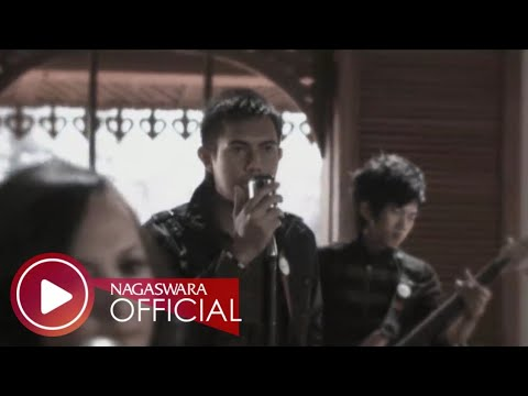 Merpati Band - Tak Rela - Official Music Video HD - NAGASWARA
