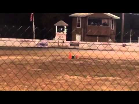 Snydersville Raceway FH Briggs Stock Light Feature Race