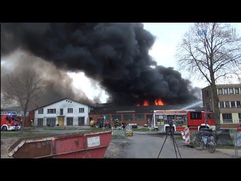 [Großbrand im Agrartechnikbetrieb SW+GW-A] Vollalarm Feuerwehr Ibbenbüren  Einsatzfahrten uvm!