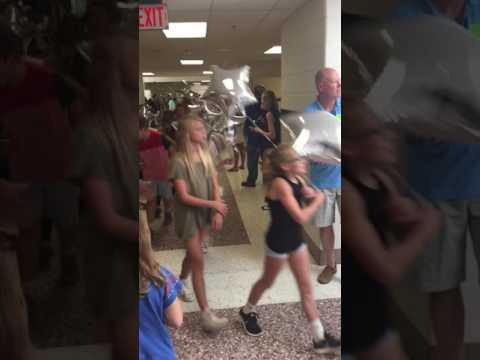 5th grade farwell clap out Lowes Island Elementary school