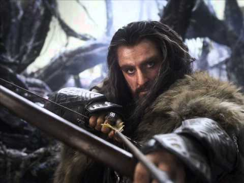 The Hobbit-Far over the misty moutains cold song Version Française