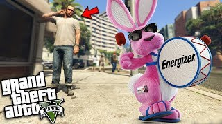 TREVOR meets the ENERGIZER BUNNY (GTA 5 Mods)