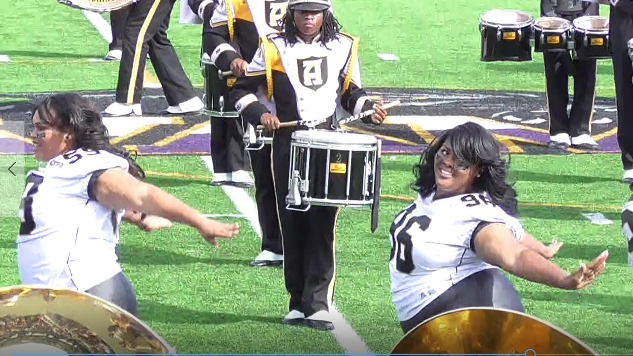 aba8355c5a731 Alabama State University Honeybees Setting It Out at PVAMU's Homecoming