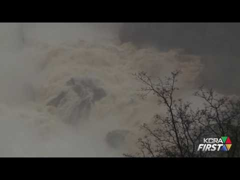 Raw Video: Oroville Dam Spillway on Thursday