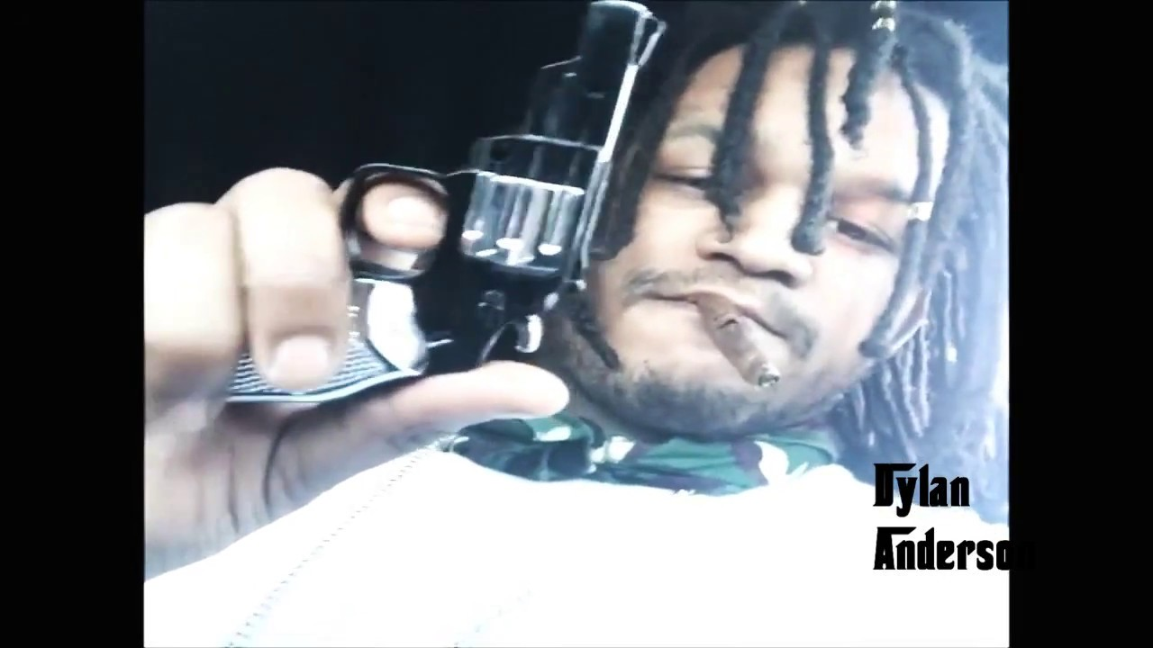 "Download Fredo Santana Riding Around With Ballout Listening to ""Low"" by Chief Keef"