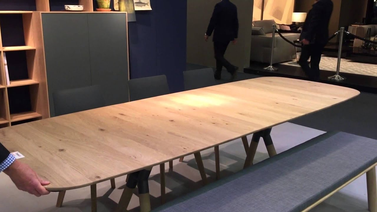 Expandable Dining Table The Secret To Making Guests Feel Wel e