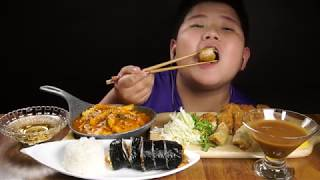 돈까스 떡볶이 김밥 먹…