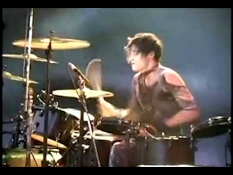 Nine Inch Nails - Down In It Live (Enhanced Audio)