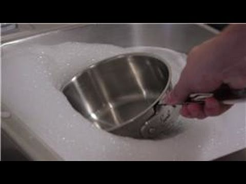 Kitchen Tips : How to Sterilize Pots and Pans