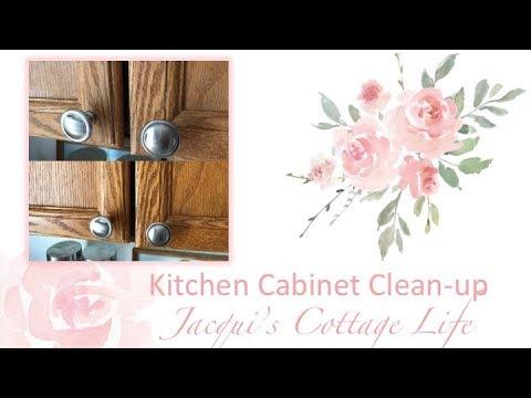 Kitchen Cabinet Clean-up